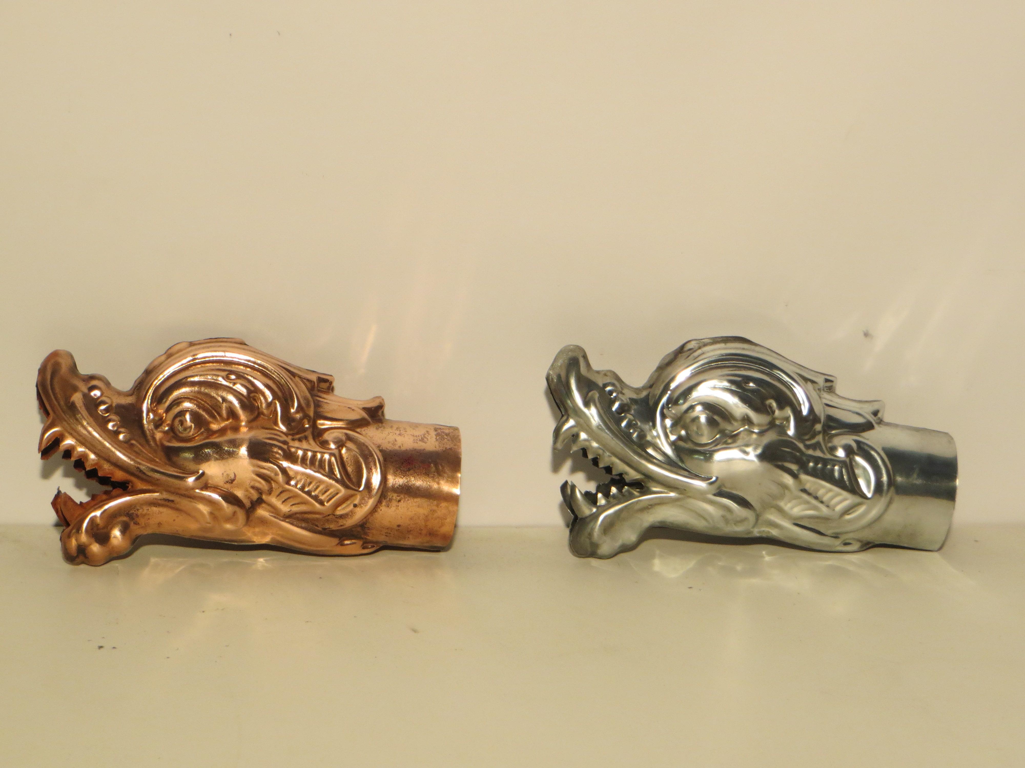 Gargouilles estampées en Cuivre et Zinc naturel. Diamètre 80mm.